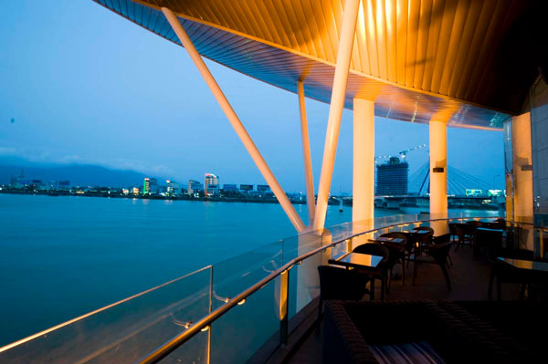 Mách nhỏ 10 quán cafe view đẹp cần lưu ý khi tới Đà Nẵng