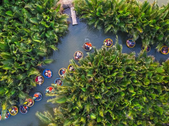Khám phá rừng dừa Bảy Mẫu